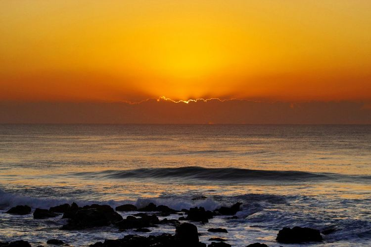 Sunrise over Umkomaas beach, South Africa. Sunset Sea Beach Sun Nature Dramatic Sky Horizon Over Water Beauty In Nature Outdoors Wave Tranquility Scenics Sky Cloud - Sky No People Sunlight Landscape Sunlight Beauty In Nature Travel Backgrounds Power In Nature Travel Destinations Tranquil Scene Water