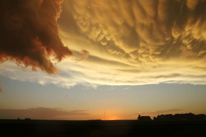 Hello World Check This Out Hanging Out Taking Photos Clouds Clouds And Sky Clouds Collection Cloudsporn Lookingup Sky Skyshots Prettycolors Sunset Sky Sunset Sky_collection Amazing Amazingbeauty AmazingSkies