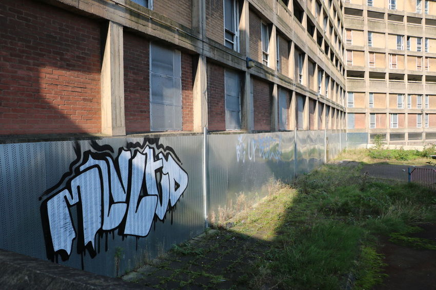 Building Derelict Graffiti Old Overgrown Park Hill Flats Sheffield Tag