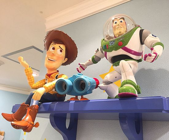 Disneyland Disney Toyphotography Toycommunity Toy Buzzlightyear Pixar  MOVIE Feelings Friendship Friend Selfie ✌ Selfie ♥
