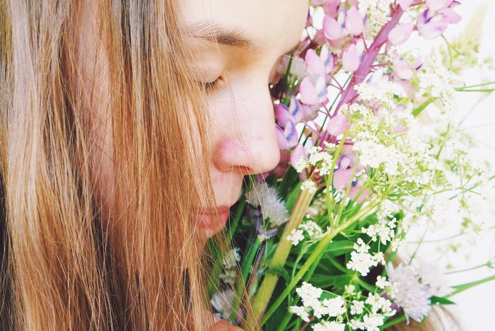 Girl Face Close-up Flowers Wildflower One Person Blond Hair