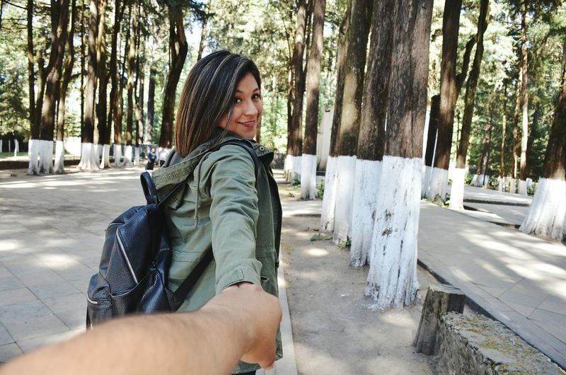 Crosing Ways Couple Love Conected With Nature <3 Conected With Nature Nature Travel Photography Travel Destinations Travel Holding Hands Holding Hand Real People Landscape Desierto De Los Leones.