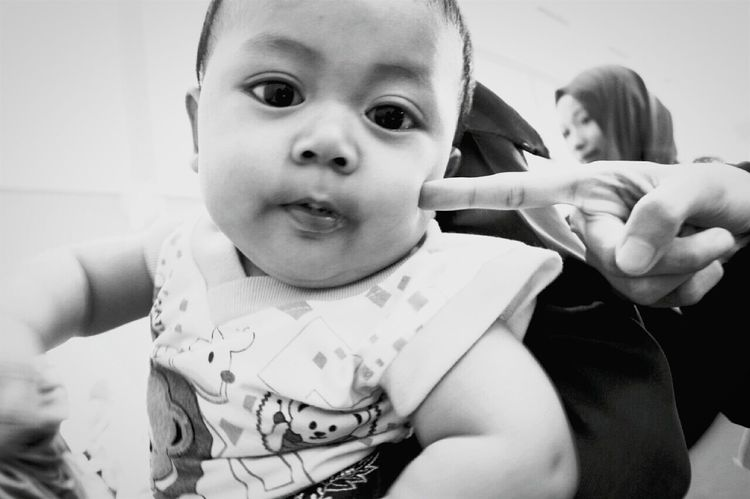 The Portraitist - 2015 EyeEm Awards The Moment - 2015 EyeEm Awards The Street Photographer - 2015 EyeEm Awards Theportraitist Kidsphotography EyeEm Malaysia EyeEmMalaysia Monochrome Eyeemblack&white Eyeemmonochrome