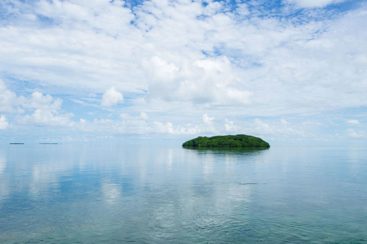 Scenic view to one of the nice islands in the florida keys Beauty In Nature Fishing Florida Holiday Horizon Over Water Nature No People Outdoors Scenic View Scenics Sea Sky Tranquil Scene Tranquility Travel Water Waterfront