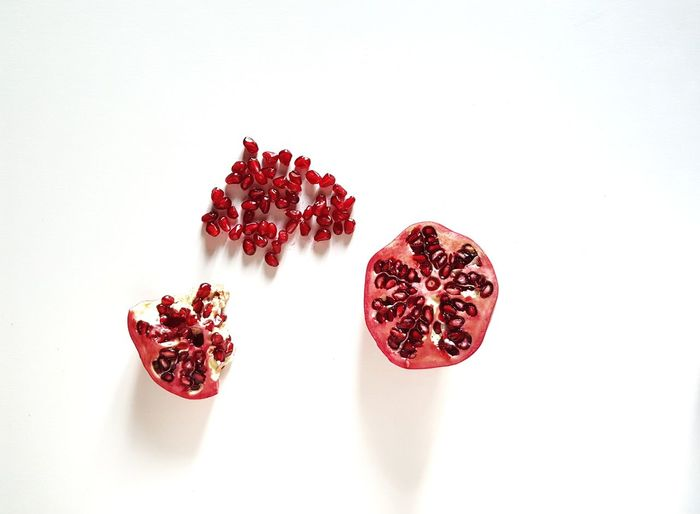 White Background The Week on EyeEm Picoftheday Healthy Eating Health Healthy Food Fruit Pomegranate Seed Pomegranate Red Dried Fruit Fruit Pomegranate Seed Food And Drink Close-up