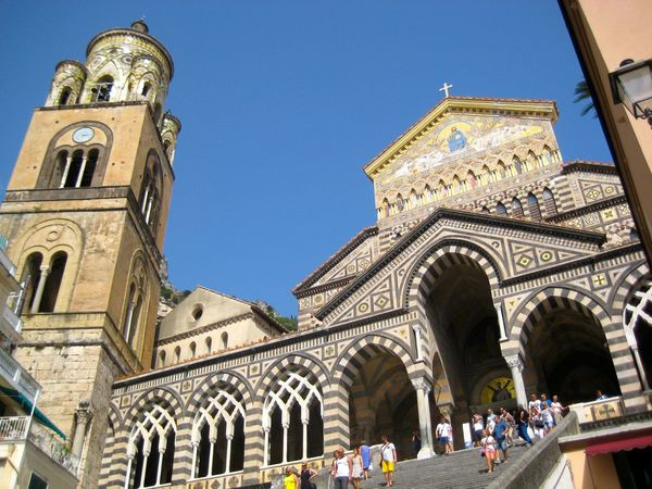 Architecture Building Exterior Built Structure City Clear Sky Clock Costiera Amalfitana Crowd Day Italy🇮🇹 Large Group Of People Low Angle View Outdoors People Place Of Worship Religion Sky Spirituality Travel Destinations Duomo Di Amalfi Amalfi  Amalfi Italy Amalfi Cathedral The Architect - 2017 EyeEm Awards