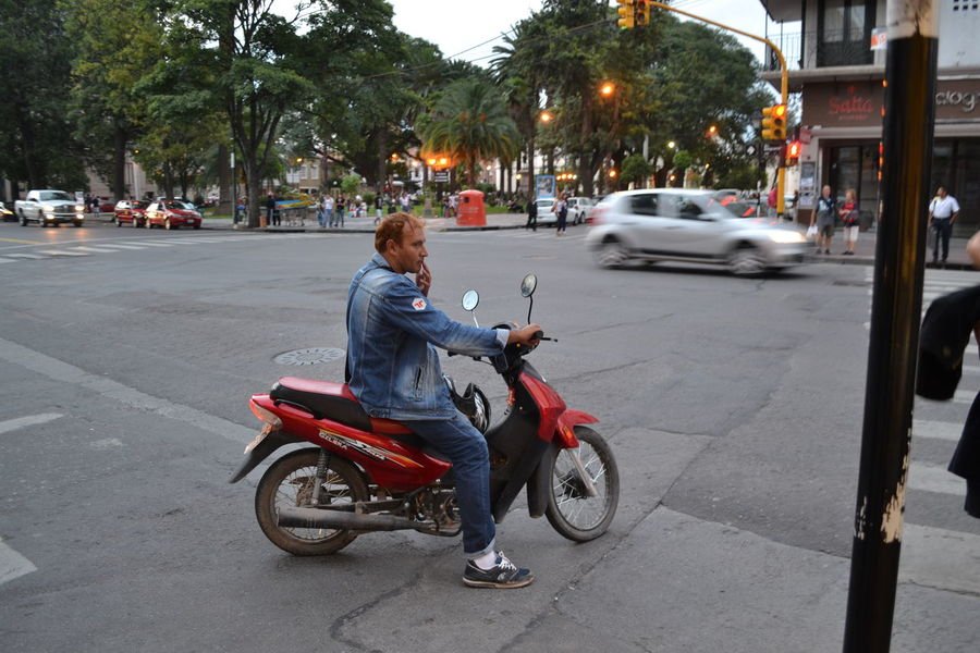 The Street Photographer - 2016 EyeEm Awards Street Photo Street Photography Streetphotography Streetphotographer Situations On The Streets Waiting Salta, Argentina
