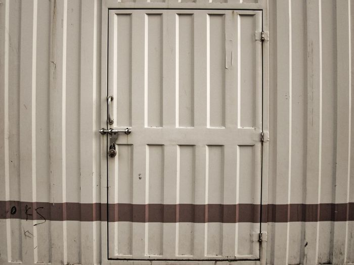 Closed metallic door