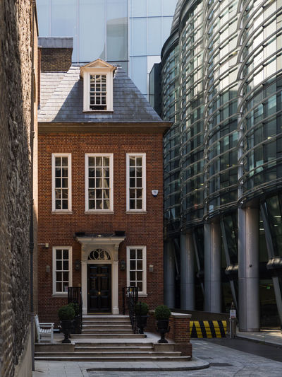 The Walbrook Club The Walbrook Club Walbrook Architecture Building Building Exterior Built Structure City Day Façade Modern Nature No People Outdoors Street Sunlight Traditional Walbrook Building Window