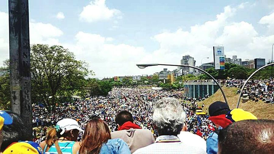 """La salida es la calle y de llegada la libertad"" Day Sports Event  Large Group Of People People Arts Culture And Entertainment Venezuelaunida VenezuelaSomosTodos VenezuelanPhotographer Venezuelacambia First Eyeem Photo"