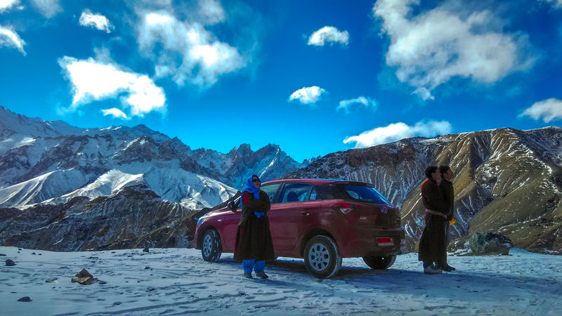Snow Car Blue Mountain Winter Travel Cold Temperature Mountain Range Travel Destinations Transportation Cloud - Sky Journey Landscape Adventure Nature Sky Day Ladakh LehLadakh Incredibleindia Redmi1s Redmi1sphotography Xiaomiphotography Family❤ Family Trips Lost In The Landscape