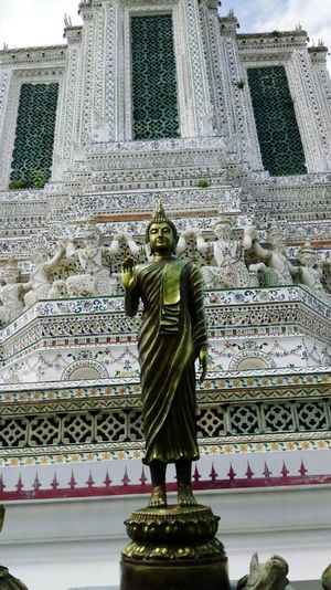 Buddhastatue Buddha Statue Watarun Wat Arun Temple Measure Travel History Day Holidays Religion Respect Believein Ourdoor Blackground Beautiful Bankkok Thailand