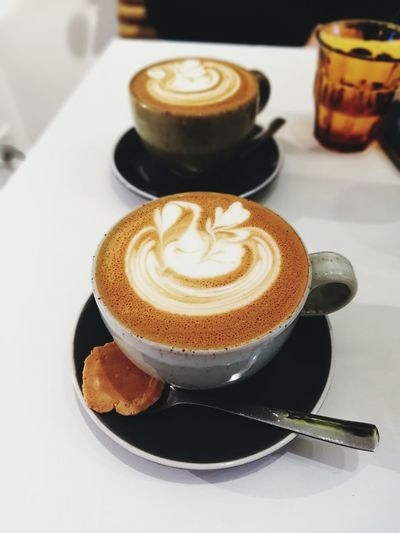 Fancy foam art. Flat White Coffee Froth Art Cappuccino Mocha Frothy Drink Drink Latte Cafe Saucer Coffee - Drink Coffee Cup Caffeine Hot Drink Cafe Culture Beverage Non-alcoholic Beverage Coffee Shop