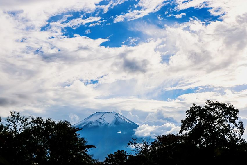 A Series Of Fuji Mountain's Picture -14 Mountain View Mt.Fuji Autumn Fujimountain EyeEm Best Edits Eye Em Nature Lover Fuji Mountain Snow Mountain Clouds And Sky Mountain In Clouds