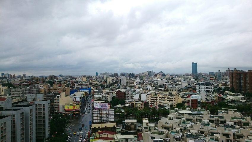 雨の後。明日晴れるかな? After raining. 雨 あめ 梅雨 梅雨入り Tainan 台南 Tainan, Taiwan Cityscape Skyscraper Architecture Building Exterior The Architect - 2017 EyeEm Awards EyeEmNewHere