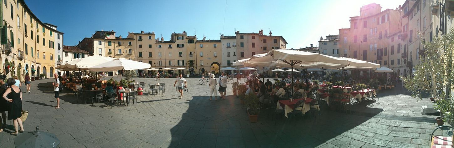 piazza anfiteatro, Lucca Holidays