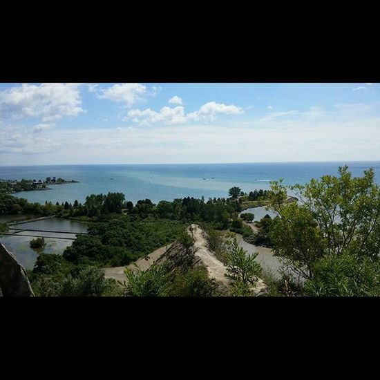 Meanwhile, at the Scarbrough Bluffs ... Blueskies