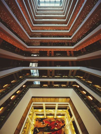 Symmetry with planes, the beautiful architecture of Bangladeshi Architect Mustapha Khalid Palash, Radisson blu. Architecture Radissonblu Radissonbluhotel Symmetry Interior Interior Views Courtyard