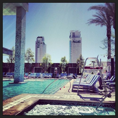 Goodmorning Las Vegas Poolside Morningtan Vacation Vegas  @toewbs