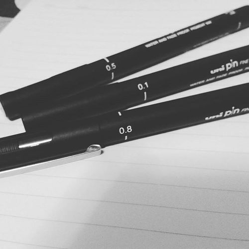 Bought a present for my self. Happy 18th Birthday to me. Can't wait to try these babies. 😍👑 🎨 HBD HappyBirthday April6 Unipin Uni Pin Pen Amazing Glam FAB Sketch Drawingpen