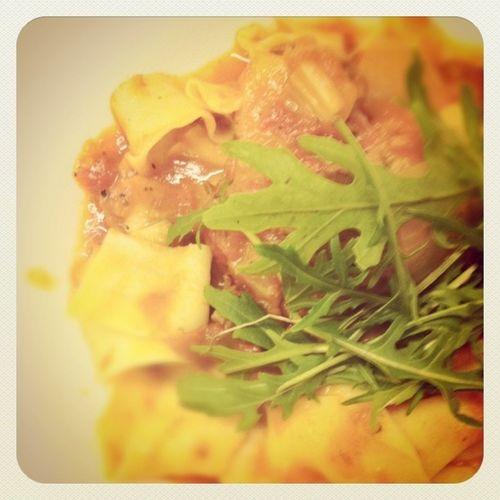 Nomnom Sgig Food