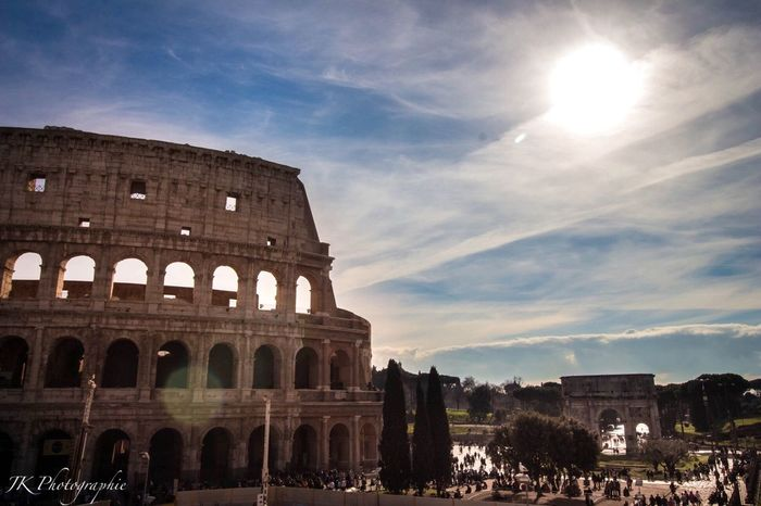 Traveling Photography Traveling Tadaa Community History Beautiful Day Sunlight Colosseo Roma Colosseo Kolosseum Sky Architecture Built Structure History Travel Destinations Arch Tourism Cloud - Sky Old Ruin Building Exterior Ancient Travel Sunlight Large Group Of People Moving Around Rome