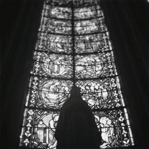 Moment de calme. Church Eglise Marie Window Vitraux Blackandwhite Monochrome
