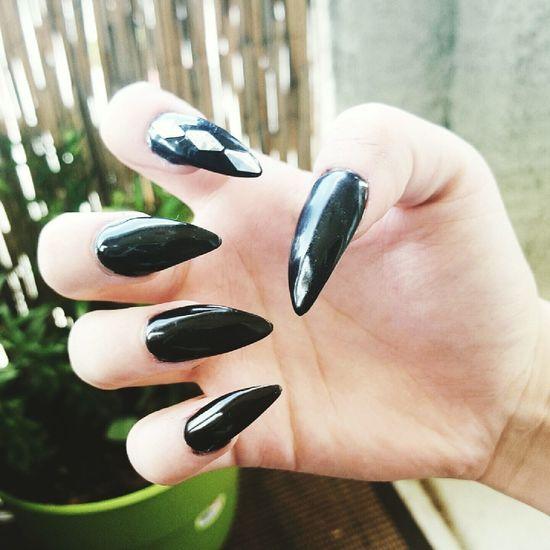 Claws Stilettonails Black