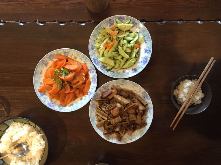 Bowl Carrots Check This Out Chinese Food Cucumber Food Freshness Healthy Eating Indoors  Meal Moganshan No People Plate Pork Ready-to-eat Rice Salad Salad Bowl Table Wanderlust