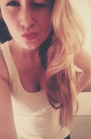 Kisses Red Lips Hot Blonde That's Me