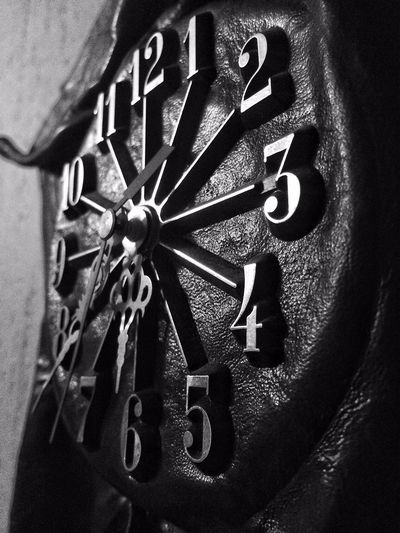 IPhoneography The clock