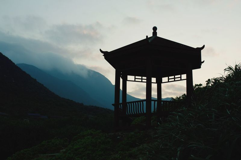 Silhouette Nature Sky No People Mountain Beauty In Nature Taking Photos Shenzhen.China Luzui Villa Yangmeikeng,Shenzhen Discover Your City Outdoors Tranquil Scene Beauty In Nature Pavilion Relaxing