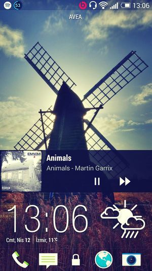 HTC One Beats By Dre Headphone Martin Garrix