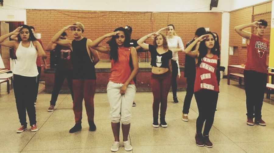 Boa noite que eu cheeee.... Friends ❤ Red Perfect Dancers Danceforlife HipHop Streetdance