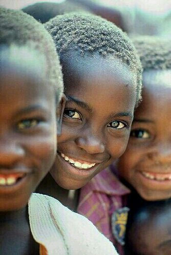 They have so little and yet they have a smile on their face... Portrait Children's Portraits Zembabwe Still Smiling People Photography African Kid
