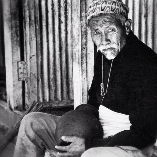 Old charismatic potter in Bhaktapur, Nepal (1996). This Nepalese man had a certain aura, mental strength and calmness about him. After all these years, I still remember him 🙏 Nepal Nepalese Pottery Bhaktapur Kathmandu Charisma EyeEm Best Shots Life In Nepal PrayforNepal