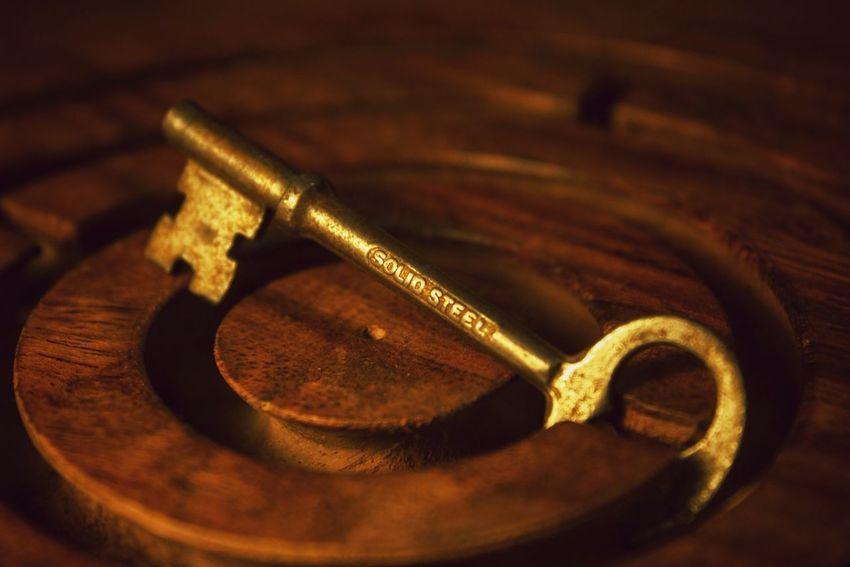 Key Labyrinth Steel