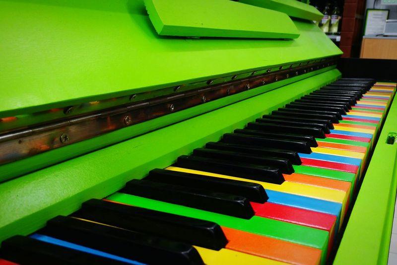 Colours Music Piano Fresh
