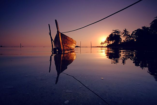 Enjoying The View Nature Beach Sunrise Batam INDONESIA