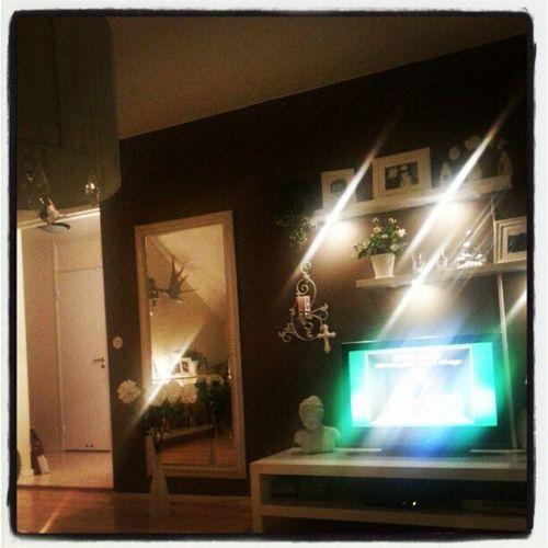 Lights on! @mimihoyer Cribs New Lights Saturday
