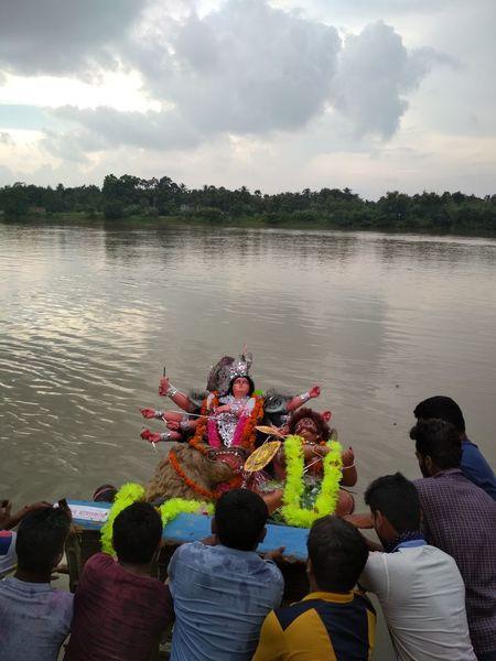 Water River People Group Of People Durgapuja Hindu The Week On EyeEm