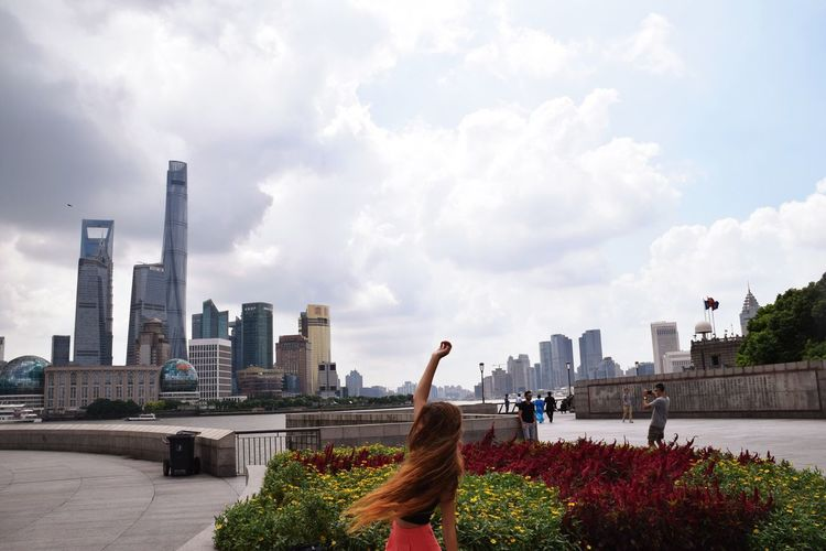 Yasmeensham ThatsMe Shanghai, China Bestshot Cloud - Sky City Life City Building Exterior Sky Architecture Built Structure Skyscraper Urban Skyline Women Outdoors Cityscape Modern Wireless Technology Technology Real People Day Human Body Part Human Hand