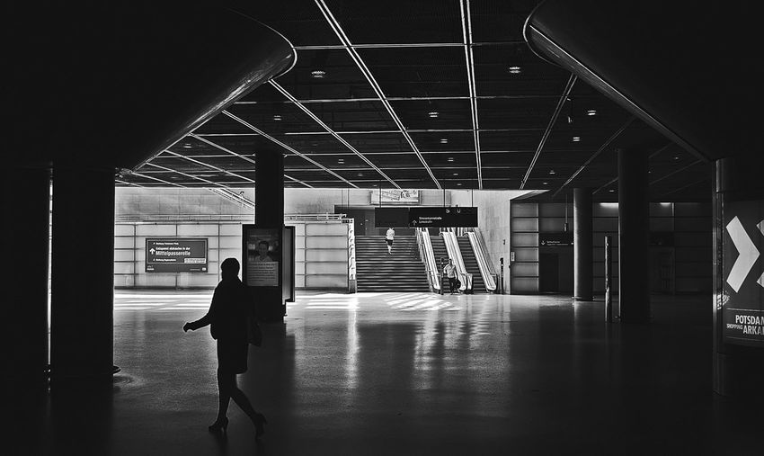 Streetphoto_bw Blackandwhite Urban Scenes Station