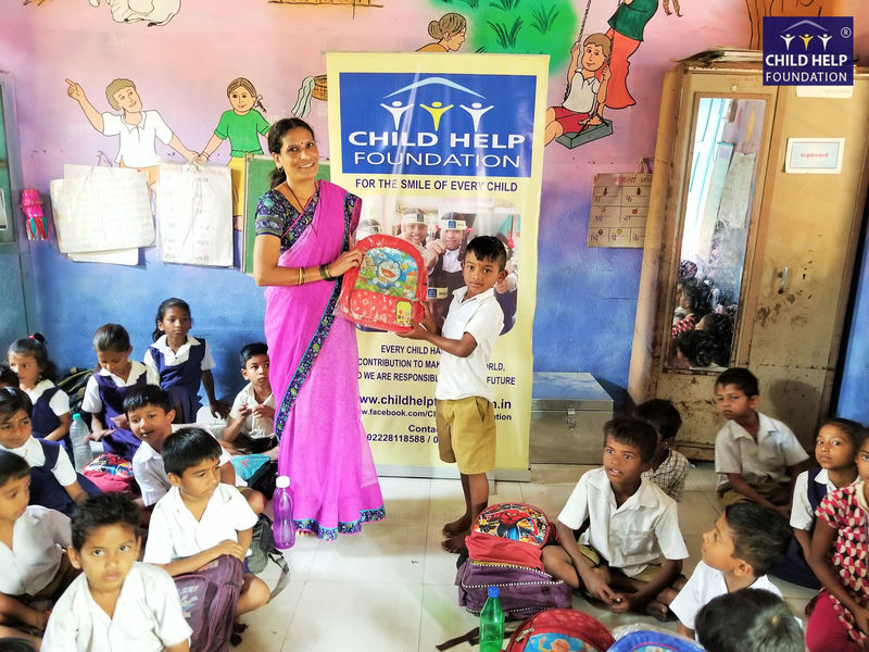 Child Help Foundation with Hellmann Worldwide Logistics spreads love to these wonderful kids on Valentine's Day. You too can spread love. Sponsor education for such wonderful kids - Celebration Children Love NGO Student Valentine's Day  Happykids Non-profit Organization
