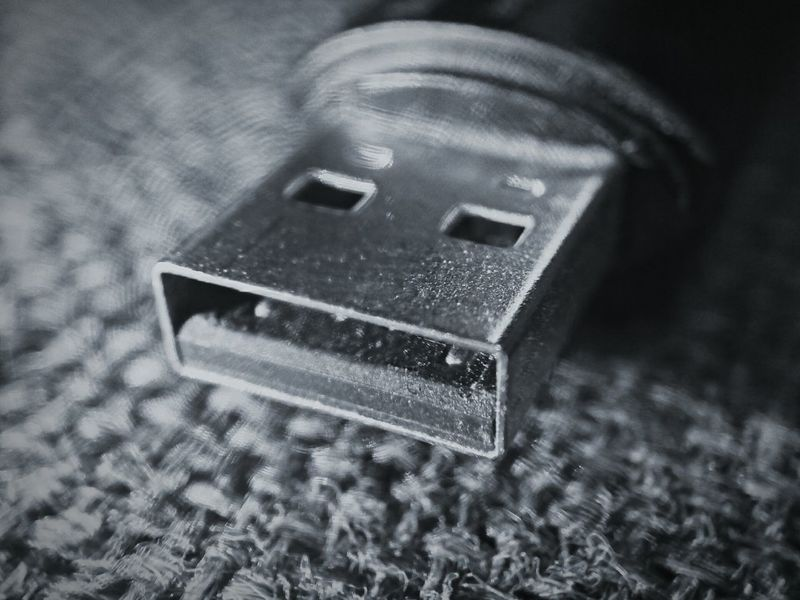 Usbflash USB USB Flash Drive Close-up Close Up EyeEm Best Shots - Macro / Up Close Zoom Zoom In Macro Photography Macro Macro_collection Detail Technology Technology I Can't Live Without Tech Black&white Blackandwhite Photography EyeEm Best Shots - Black + White Black And White Blackwhite Welcome To Black