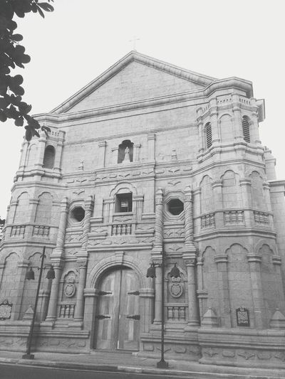 Vintage Church ⛪ Manila, Philippines Fridaymass