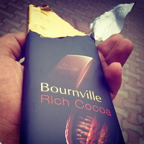 Sweet start of weekend with bournville🍫 Chocolate Richcocoa Instafun Sweetmode PCMC Pune Instagramers