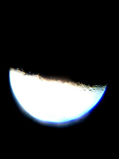 Una noche de soledad con mi telescopio y mi celular. Aficionado telescopio. Astronomy Space No People Moon Science Orbiting Solar System Black Background Nature Space Exploration Galaxy Planet Earth Satellite View Beauty In Nature Sky Moon Surface Star - Space Day Venezuela Hatillo
