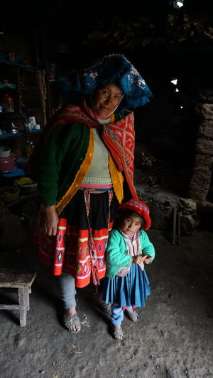 Peru Vilage Indians  Inka Traditional Clothing Only Women Full Length Adults Only Adult Looking At Camera Cultures