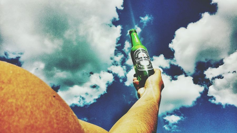 Relaxing Hello World Heinekenexperience Heineken #Beer Check This Out Heineken Logo Heineken